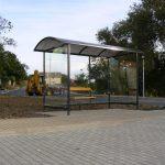montaz-autobusove-zastavky-informacne-vitriny-lavicky-v-obci-haniska-2